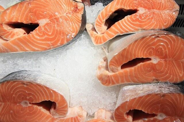 שוק הדגים בטירנה